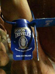 Visita Trevélez, etiqueta azul Jamón Trevélez