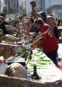 Evento solidario cortadores de jamón, Ningún Niño sin Juguete