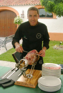 Pedro José Pérez Casco, prestigioso cortador de jamón