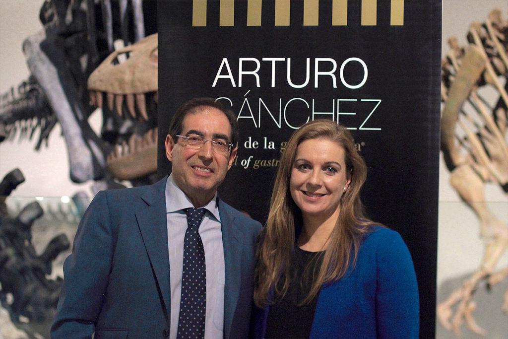 Arturo Sánchez y Marta de Miguel durante la presentación