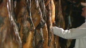 El sector del jamón, planta cara a la OMS.