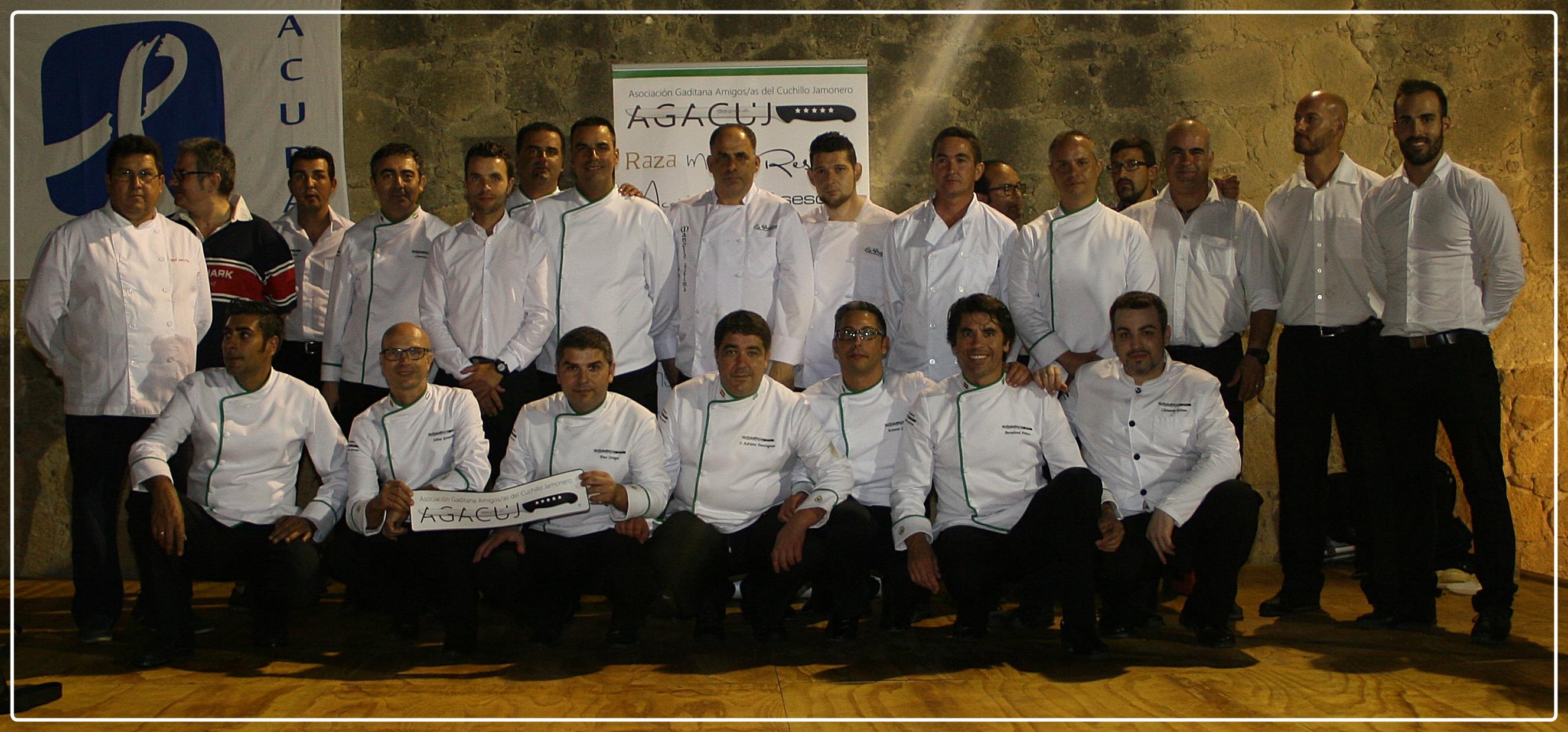 La Asociación Gaditana Amigos y Amigas del Cuchillo Jamonero (AGACUJ)