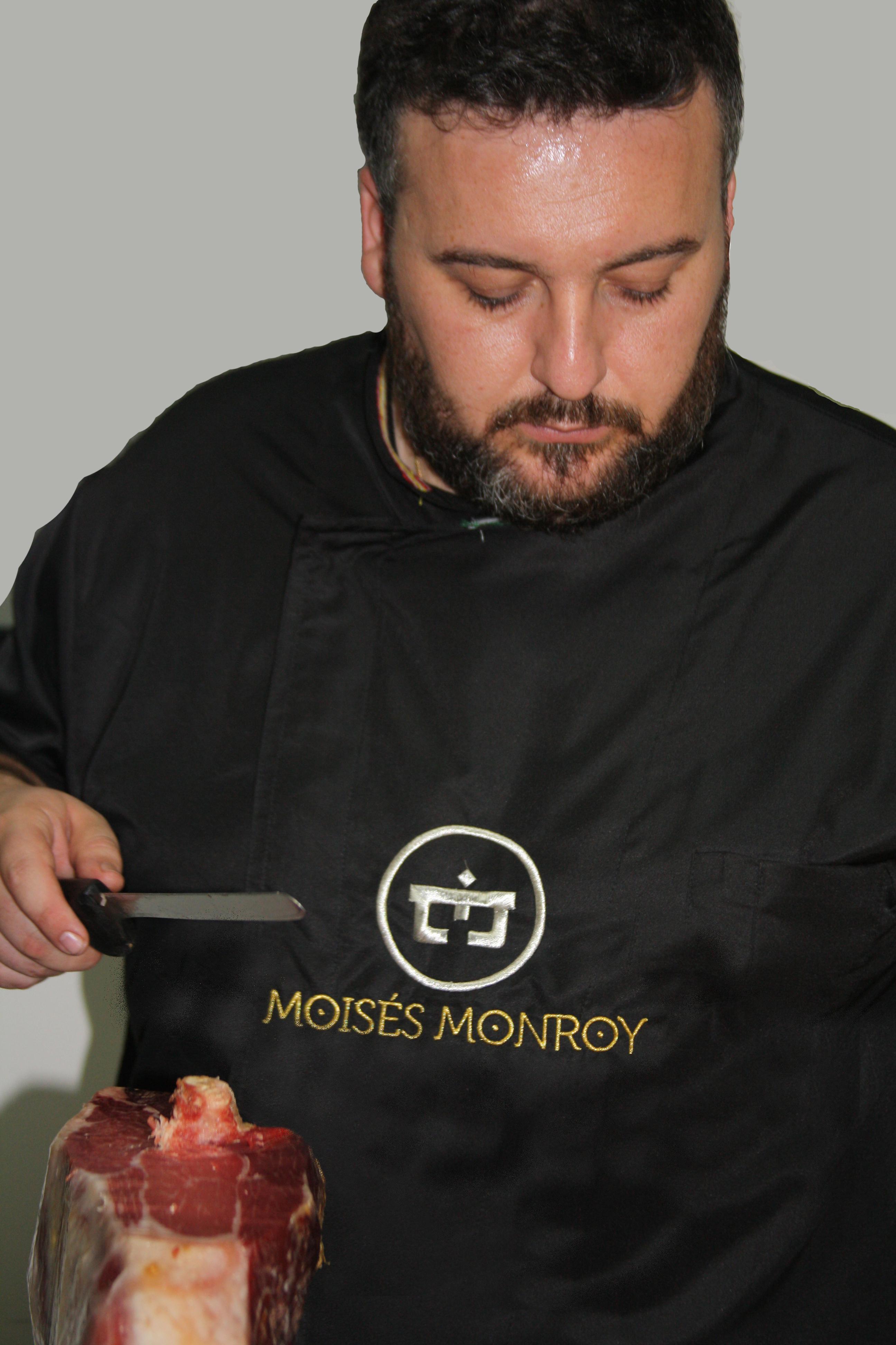 Moisés Monroy García Cortador de Jamón