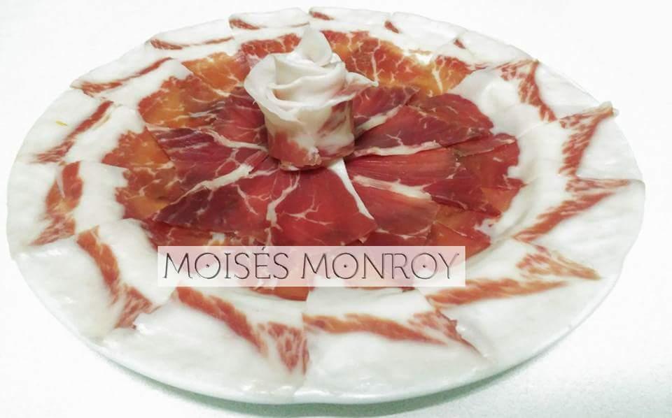 Moisés Monroy Cortador de Jamón