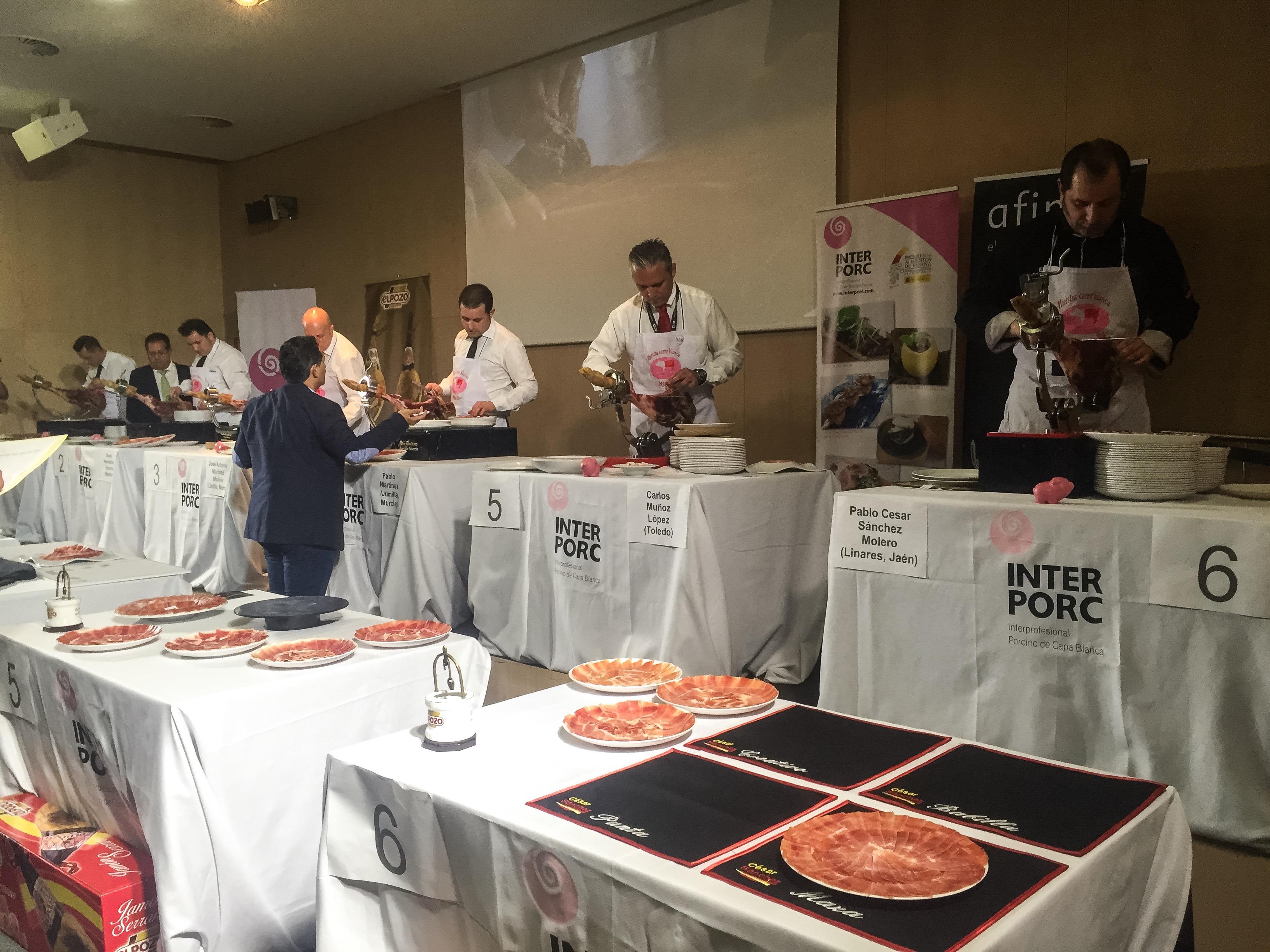 Primer concurso de cortadores de jamón Alimentaria 2016