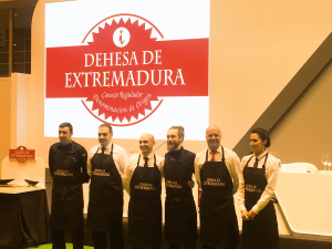 Participantes 23 Concurso de Cortadores de Jamón Dehesa de Extremadura Salón de Gourmets 2016