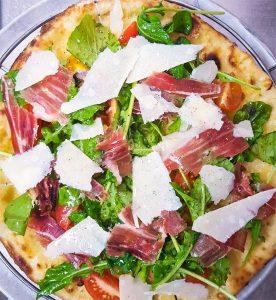 Pizza de jamón ibérico