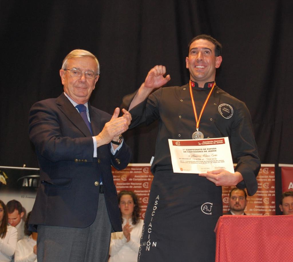 Fran Robles, ganador del Concurso Nacional de Cortadores de Jamón de Alburquerque 2009