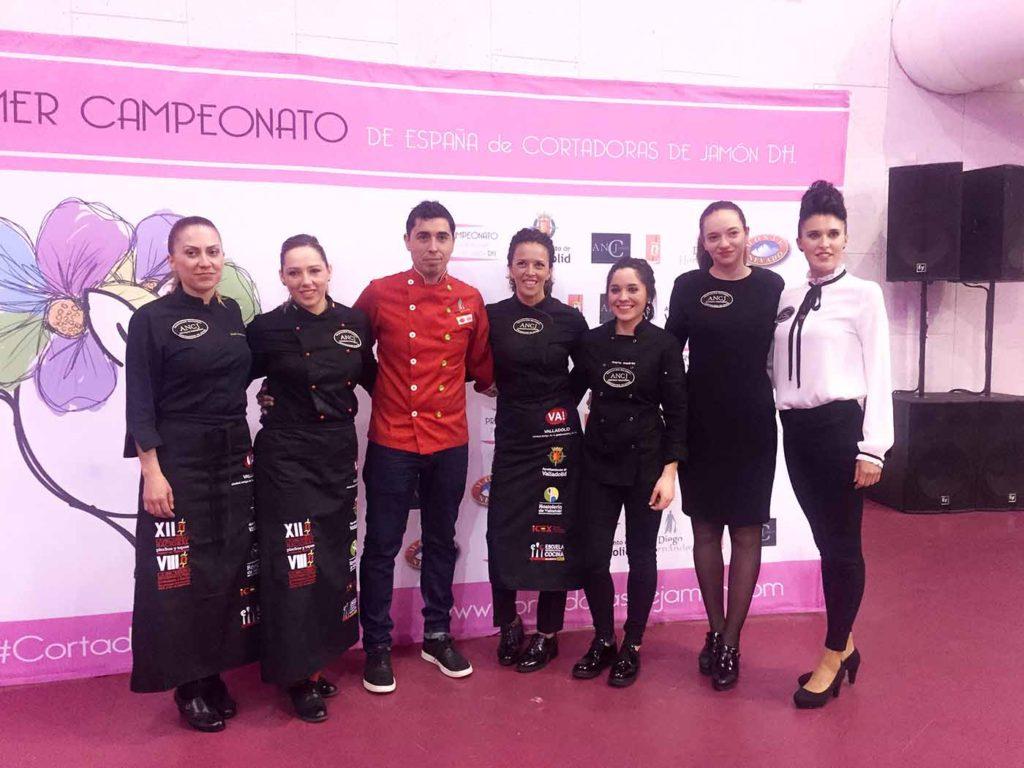 Ruth Martínez, María del Carmen Nagera, Diego Hernández, Laura Polvillo, Marta Medrán, Raquel Acosta, María Purificación Garabaya. Cortadoras Jamón Valladolid