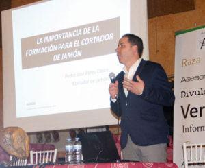 MUNDO CORTADOR Ponencia Pedro José Pérez Casco, La Importancia De La Formación Para El Cortador De Jamón