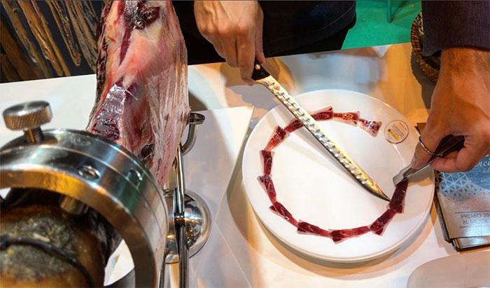 Cómo cortar el primer plato de una paleta